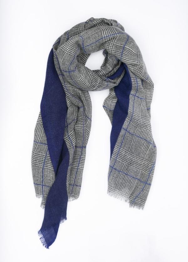 Foulard doble faz, liso y cuadros, color azul y gris, 70 X 180 cm. 100% lana.