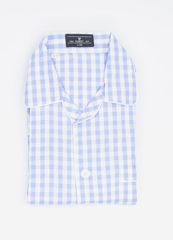 Pijama LARGO dos piezas, pantalón largo con cinta no elástica y funda incluida color celeste con estampado cuadro grande. 100% Algodón.