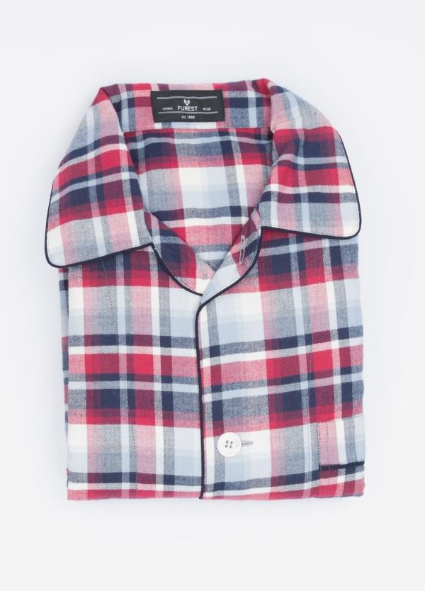 Pijama LARGO dos piezas, pantalón largo con cinta no elástica y funda incluida color rojo con estampado cuadros. 100% Algodón viella.