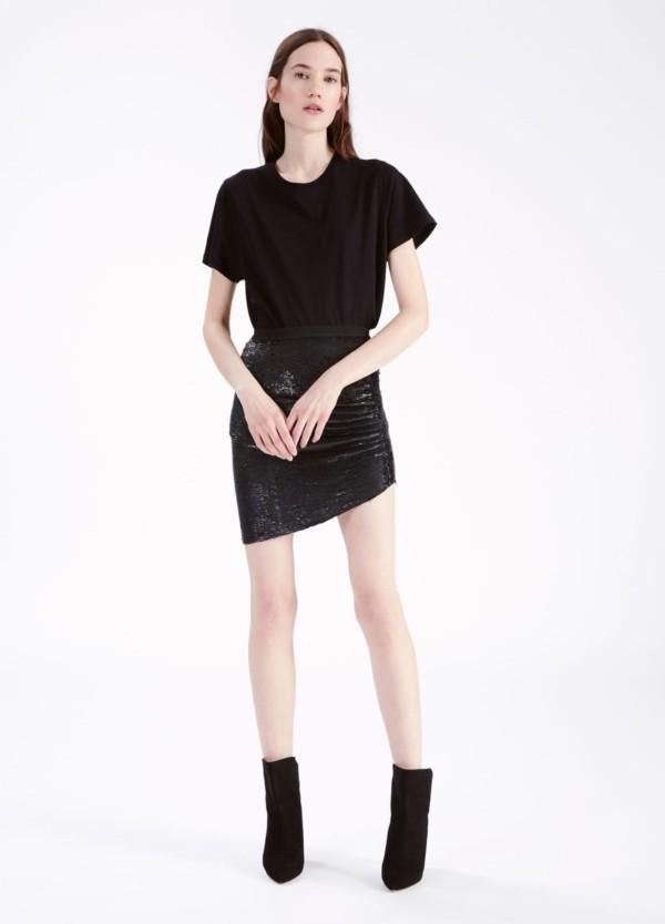 Falda color negro,modelo reward,97% rayón y 3% spandex