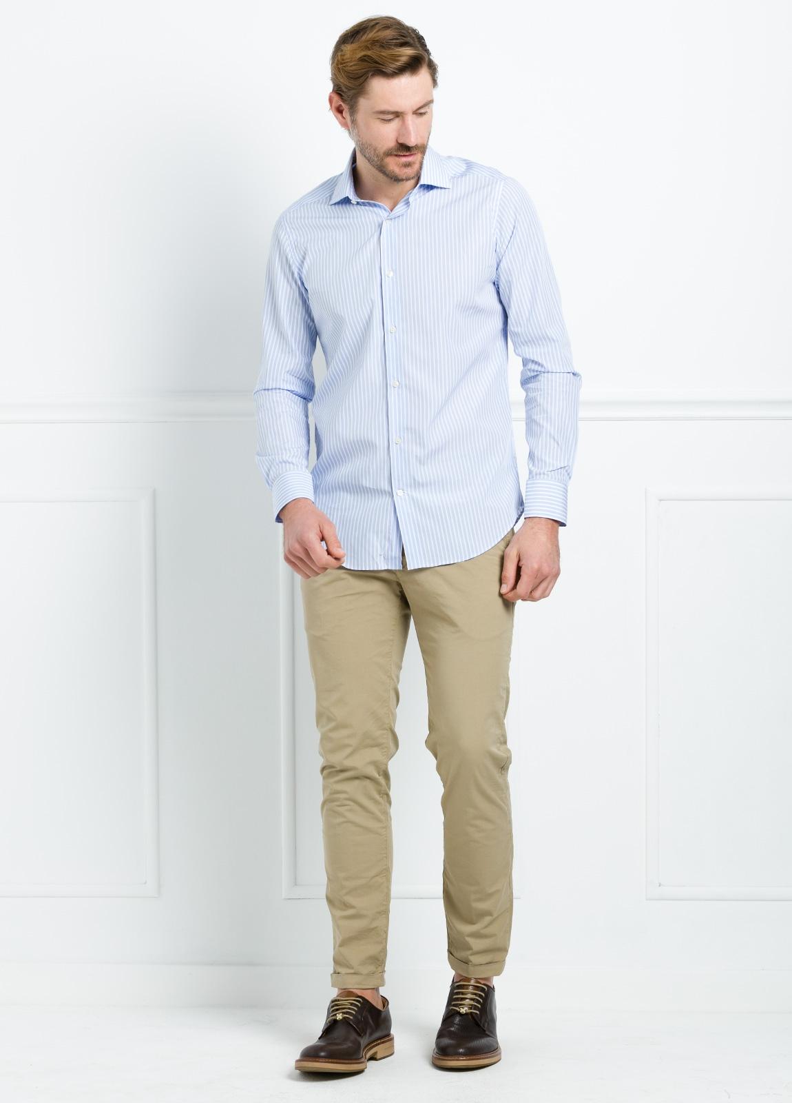 Camisa Formal Wear SLIM FIT cuello italiano modelo ROMA color blanco con micro dibujo color azul. 100% Algodón. - Ítem2