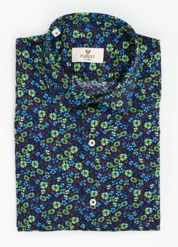 Camisa Leisure Wear SLIM FIT modelo PORTO dibujo floral, fondo marino. 100% Algodón.