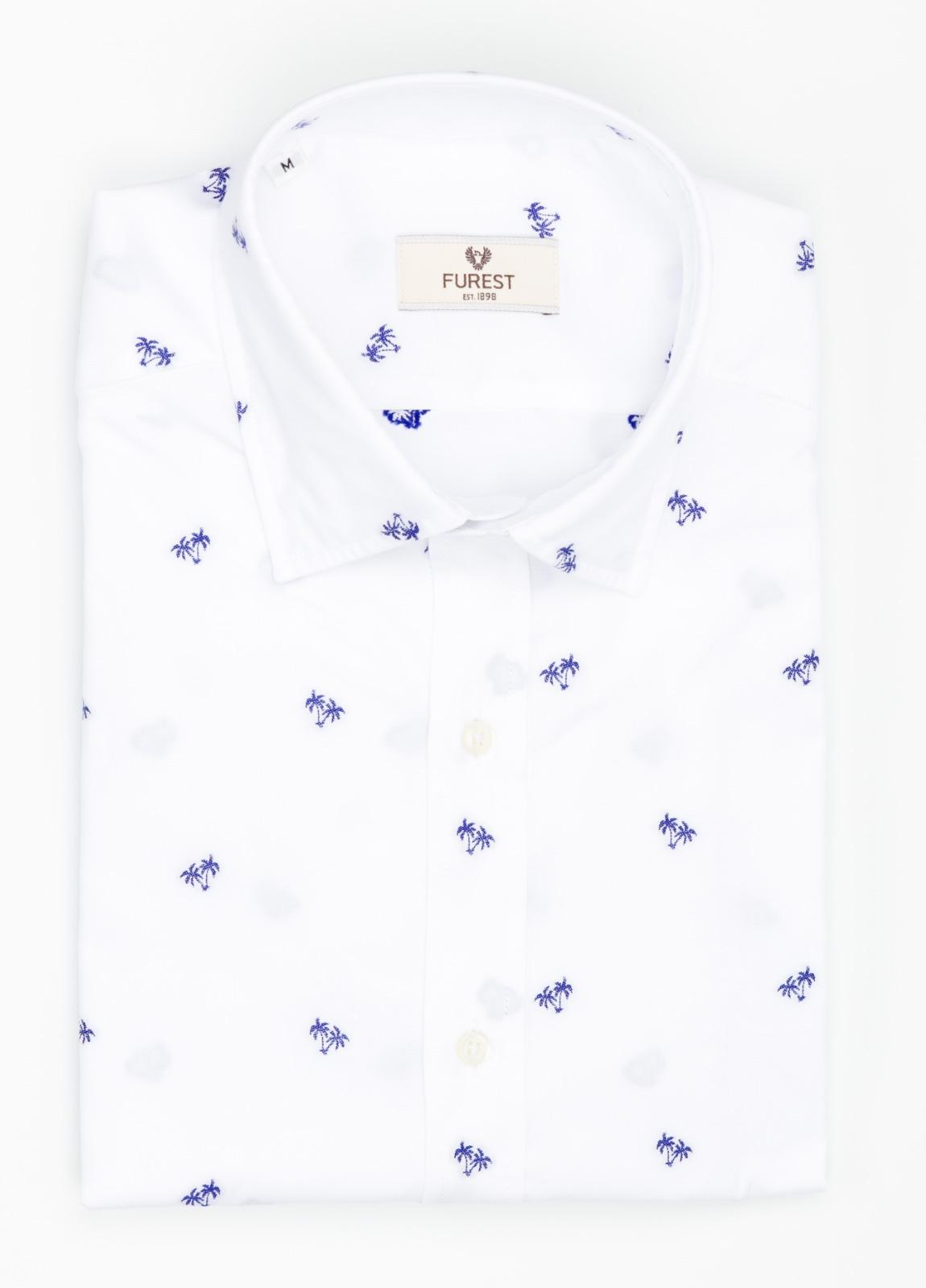 Camisa Leisure Wear SLIM FIT modelo PORTO color blanco estampado fantasia. 100% Algodón.