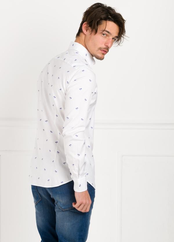 Camisa Leisure Wear SLIM FIT modelo PORTO color blanco estampado fantasia. 100% Algodón. - Ítem3