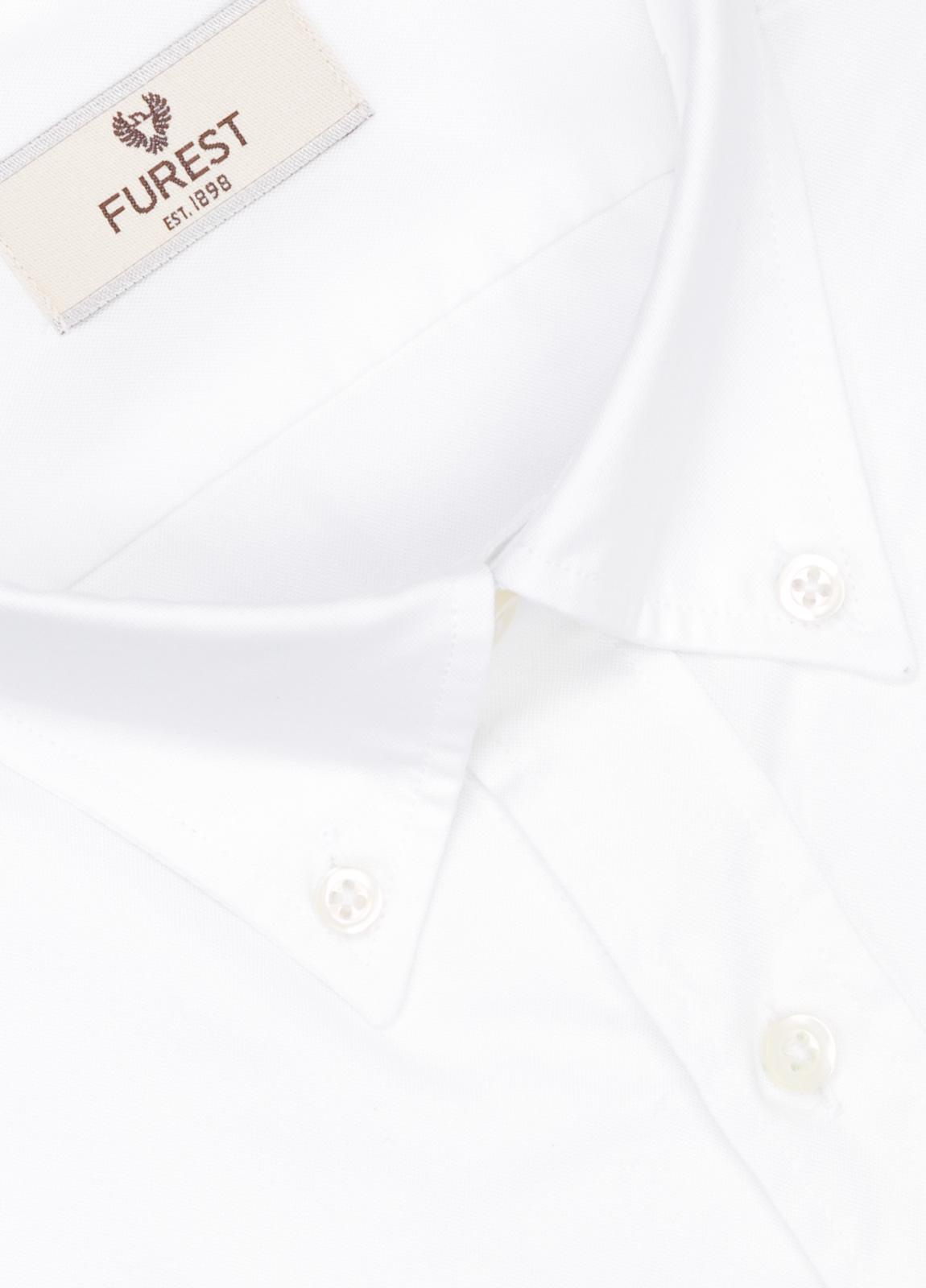 Camisa Leisure Wear REGULAR FIT Modelo BOTTON DOWN color blanco liso , 100% Agodón. - Ítem1
