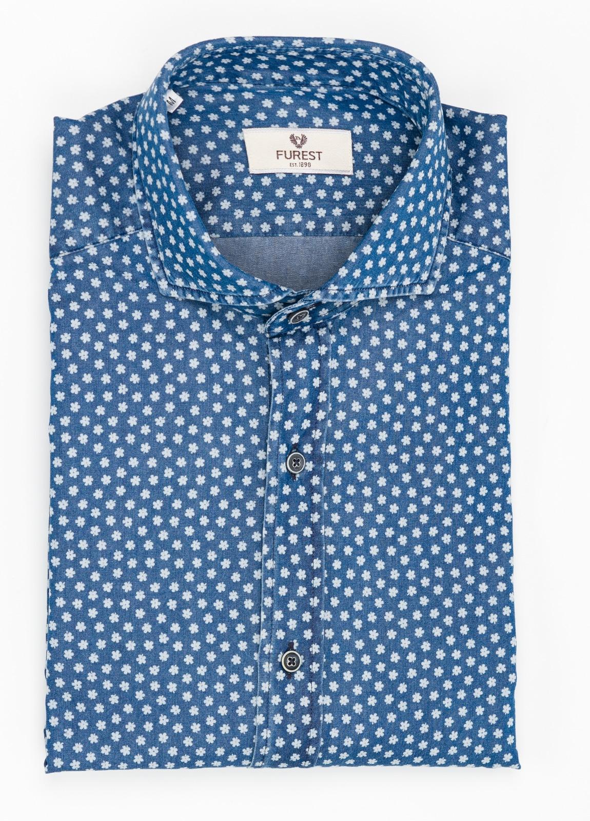 Camisa Leisure Wear SLIM FIT modelo CAPRI estampado flores color azul denim. 100% Algodón.