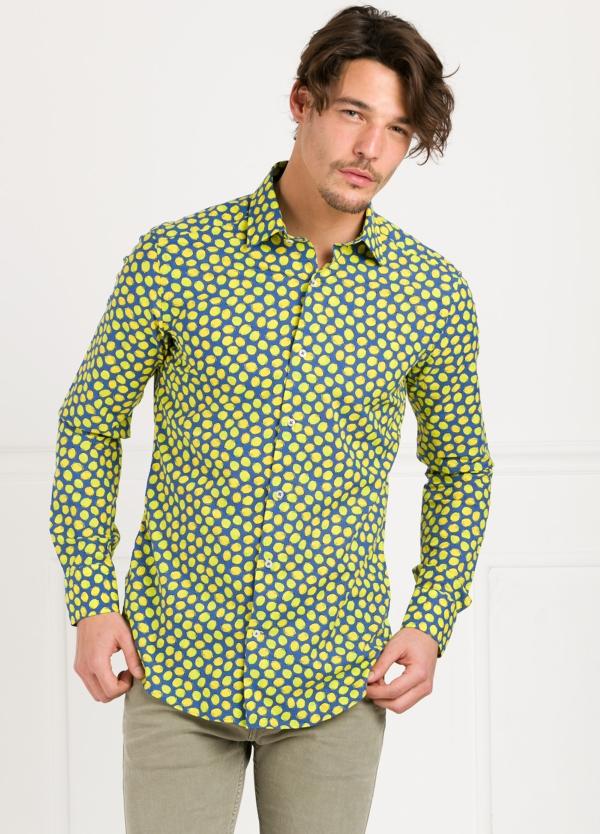 Camisa Leisure Wear SLIM FIT modelo PORTO estampado limones. 100% Algodón.
