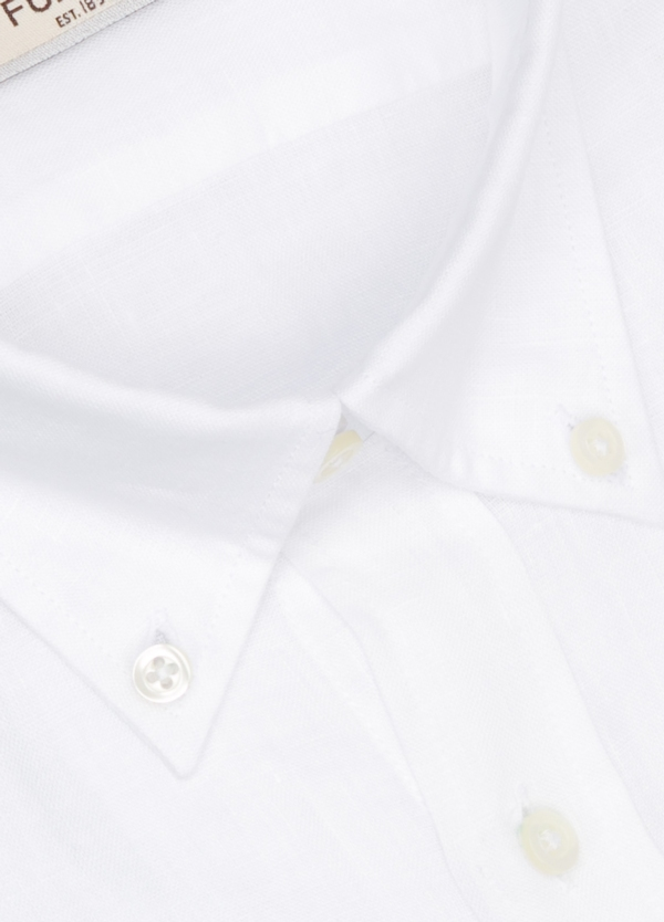 Camisa Leisure Wear REGULAR FIT Modelo BOTTON DOWN color blanco. 100% Algodón. - Ítem1