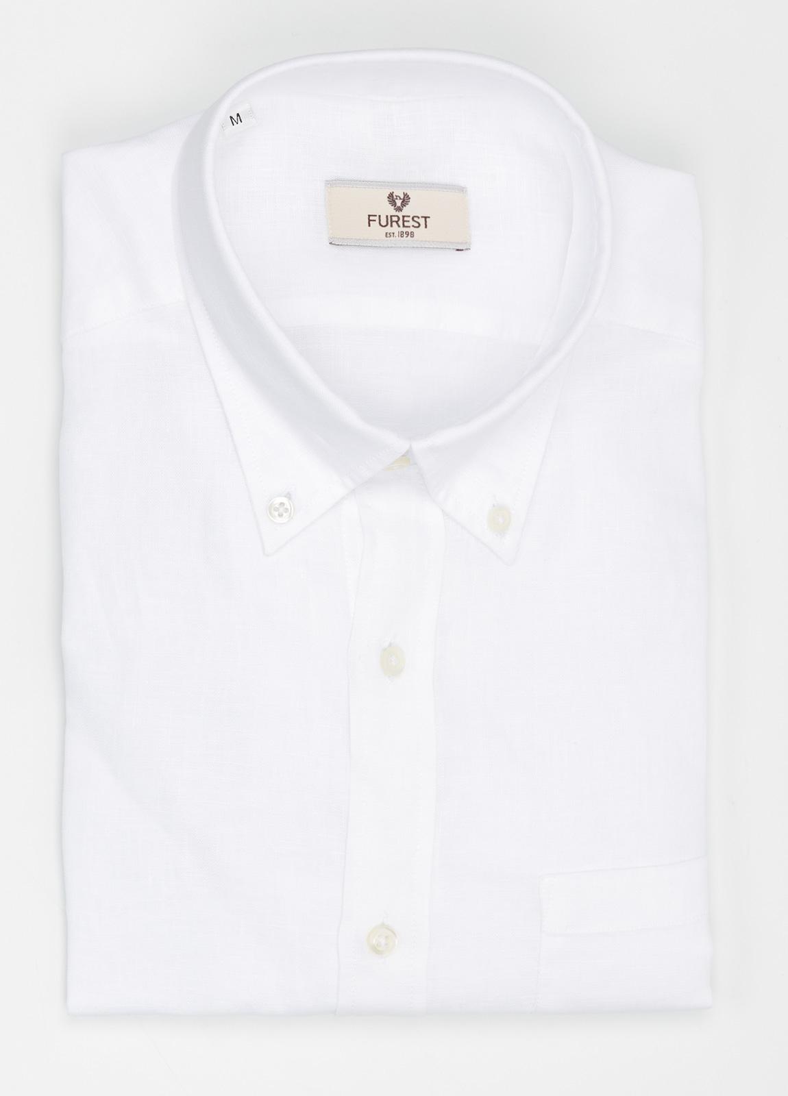 Camisa Leisure Wear REGULAR FIT Modelo BOTTON DOWN color blanco. 100% Algodón.