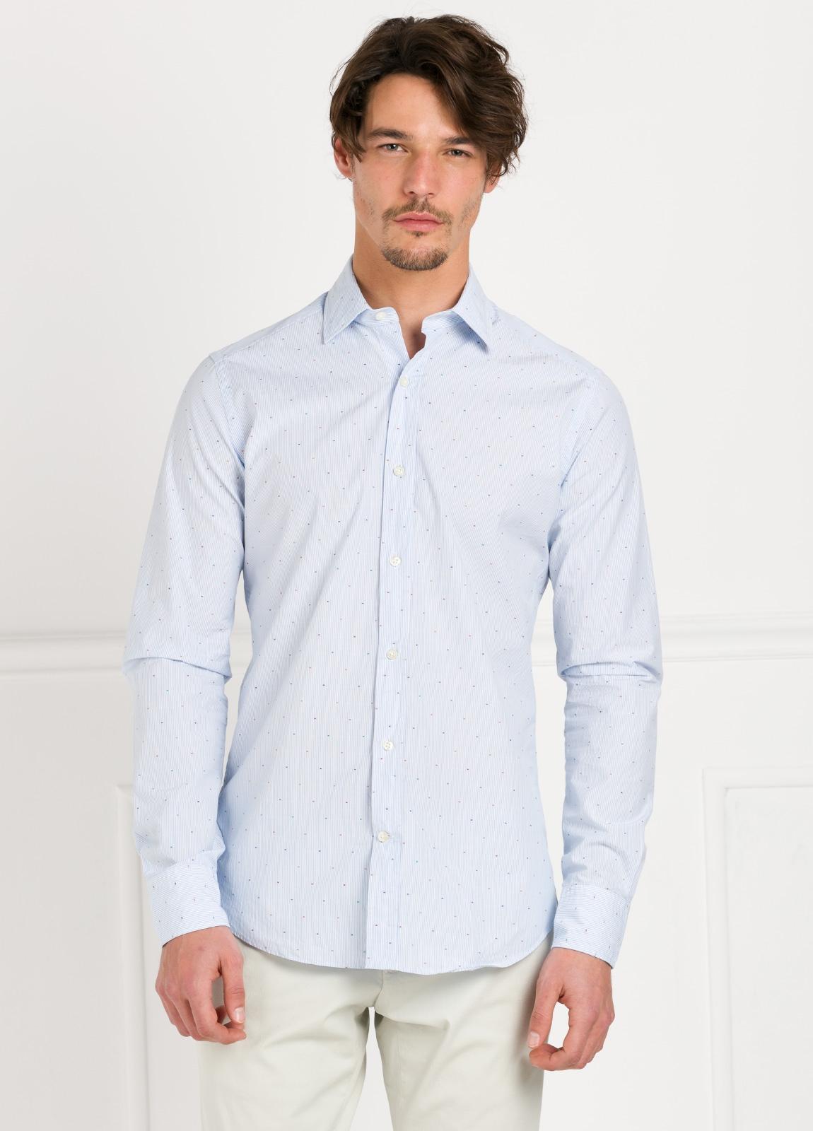 Camisa Leisure Wear SLIM FIT modelo PORTO raya con micro dibujo color celeste. 100% Algodón.