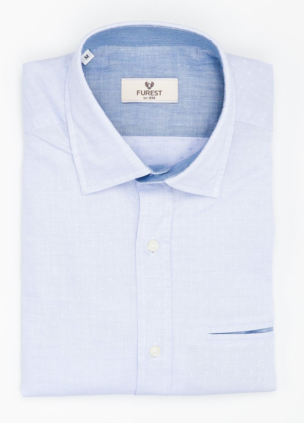 Camisa Leisure Wear SLIM FIT modelo PORTO micro estampado color celeste. 100% Algodón.