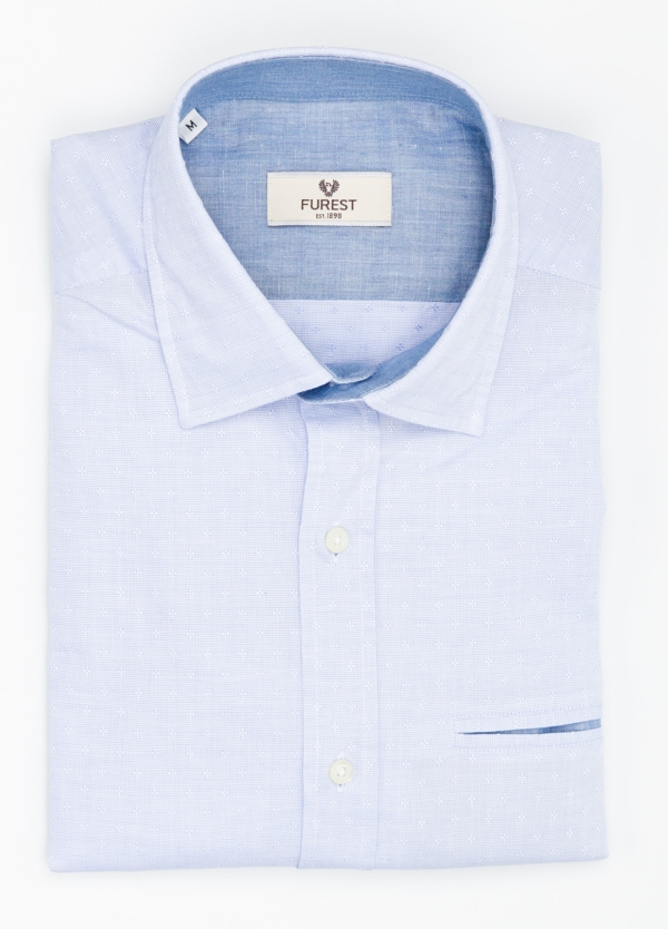 Camisa Leisure Wear SLIM FIT modelo PORTO micro estampado color celeste. 100% Algodón.