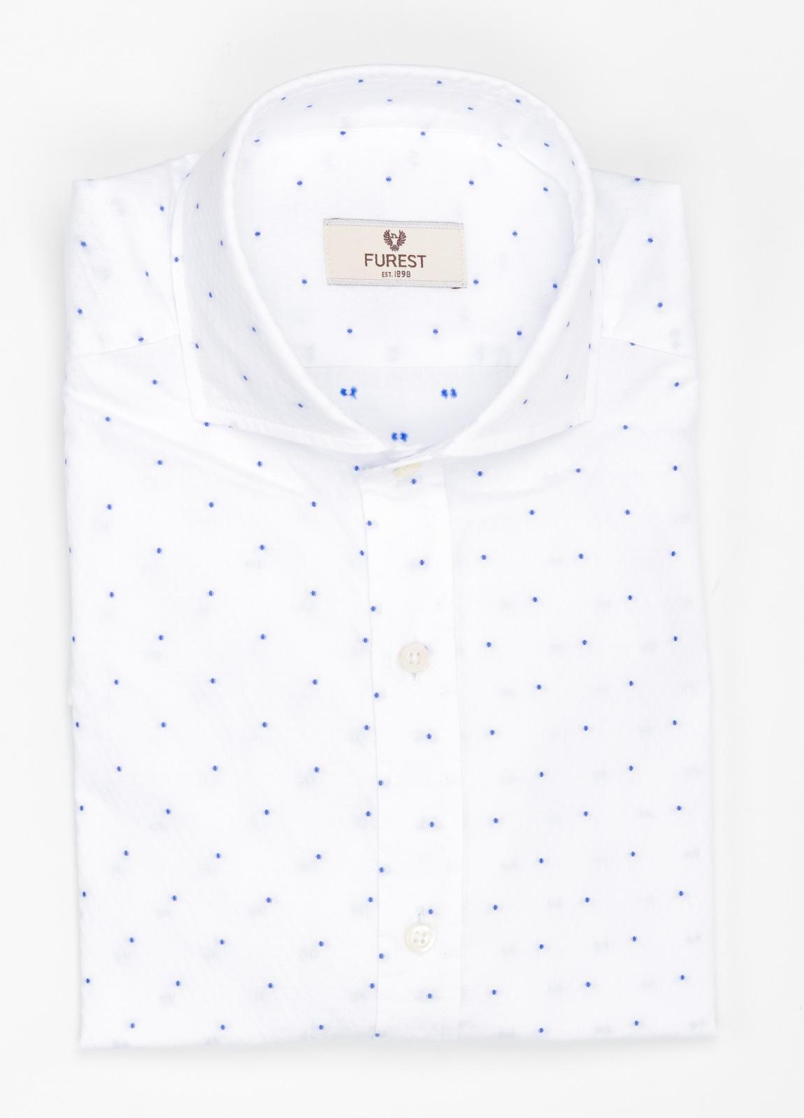 Camisa Leisure Wear SLIM FIT Modelo CAPRI estampado topito color azul celeste, 100% Algodón.