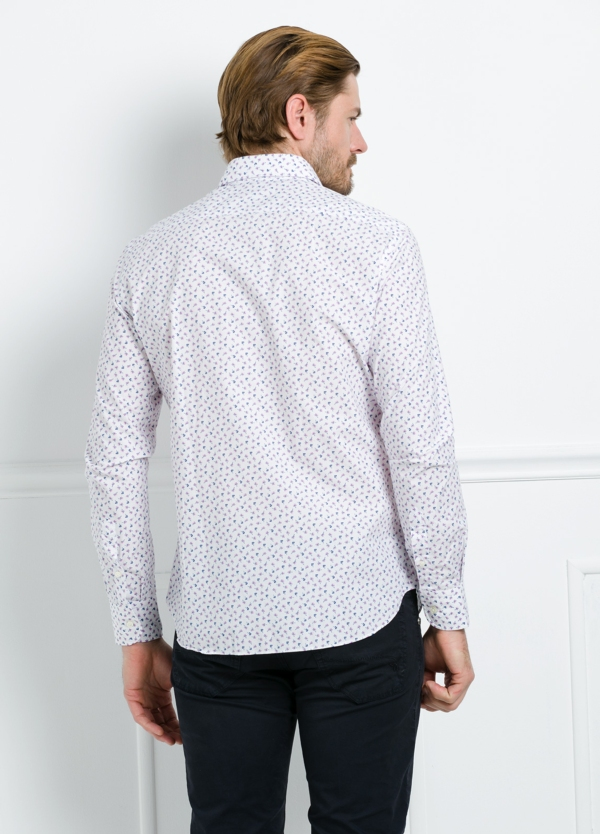 Camisa Leisure Wear REGULAR FIT modelo PORTO estampado floral color blanco. 100% Algodón. - Ítem3