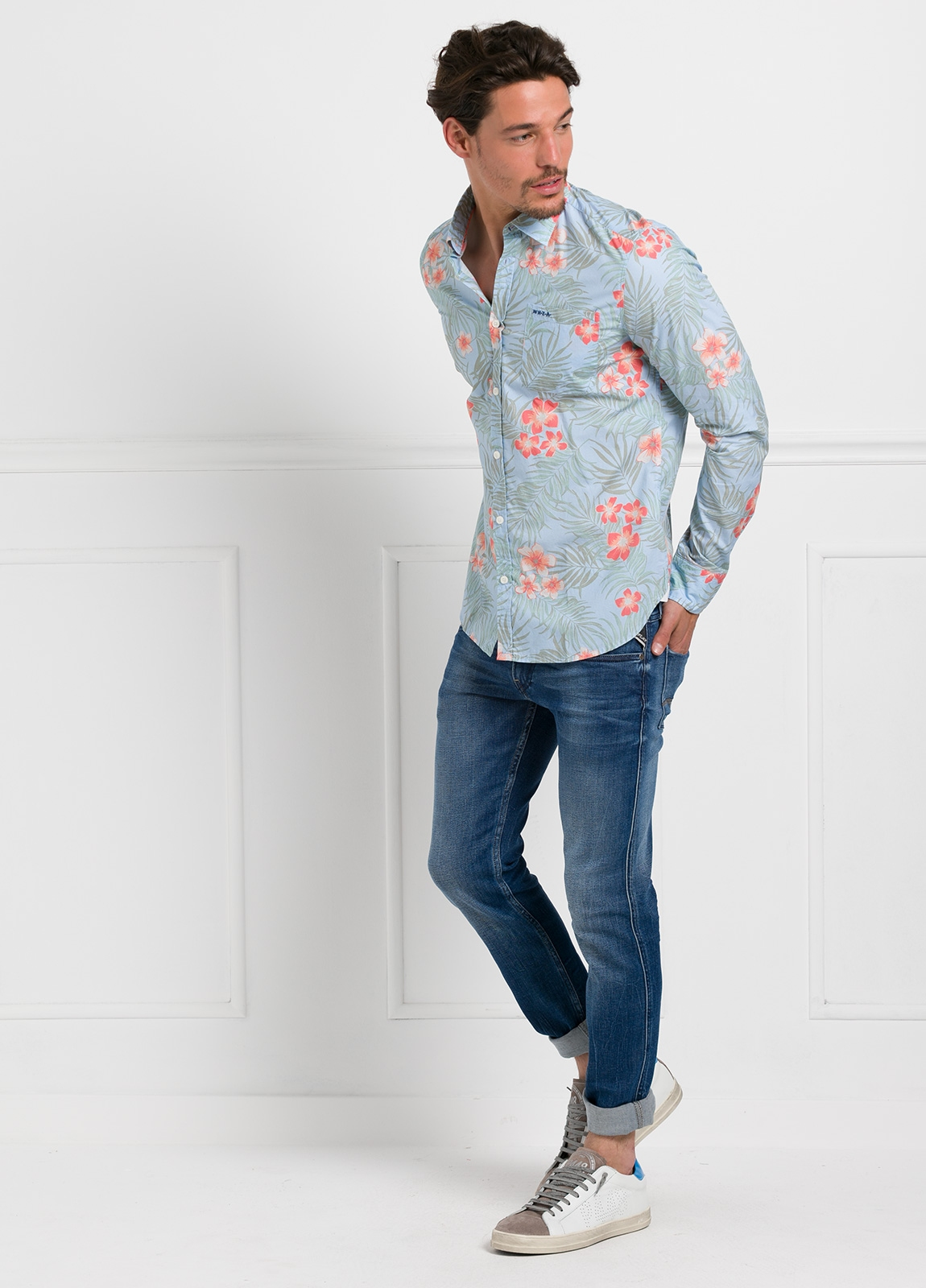 Camisa Sport dibujo flores color azul, 100% Algodón. - Ítem1