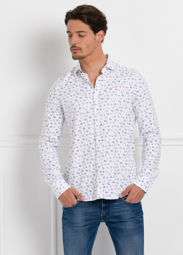 Camisa Sport dibujo floral color blanco, 100% Algodón.