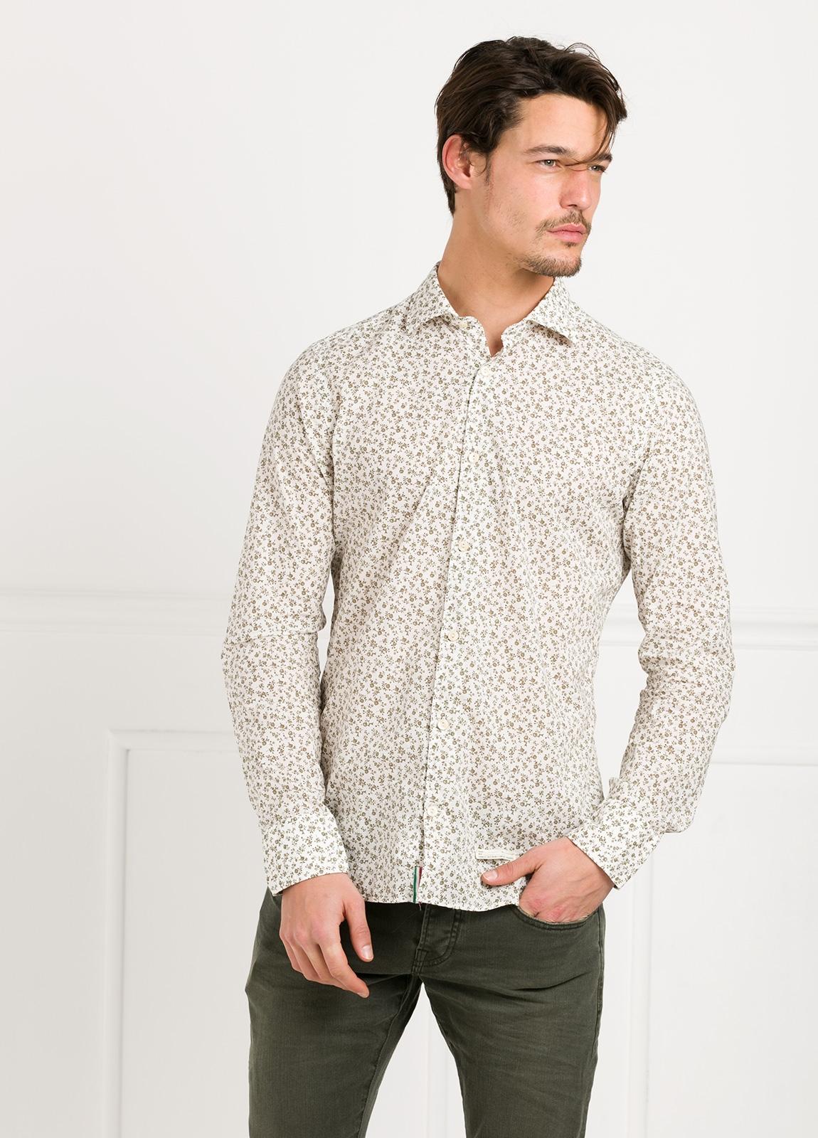 Camisa sport SLIM FIT con estampado floral color beige. 100% Algodón. - Ítem2
