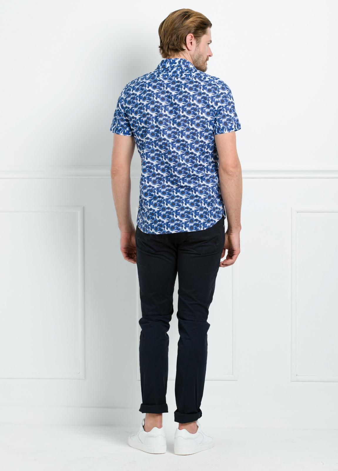 Camisa sport SLIM FIT con estampado floral color azul. 100% Algodón. - Ítem1