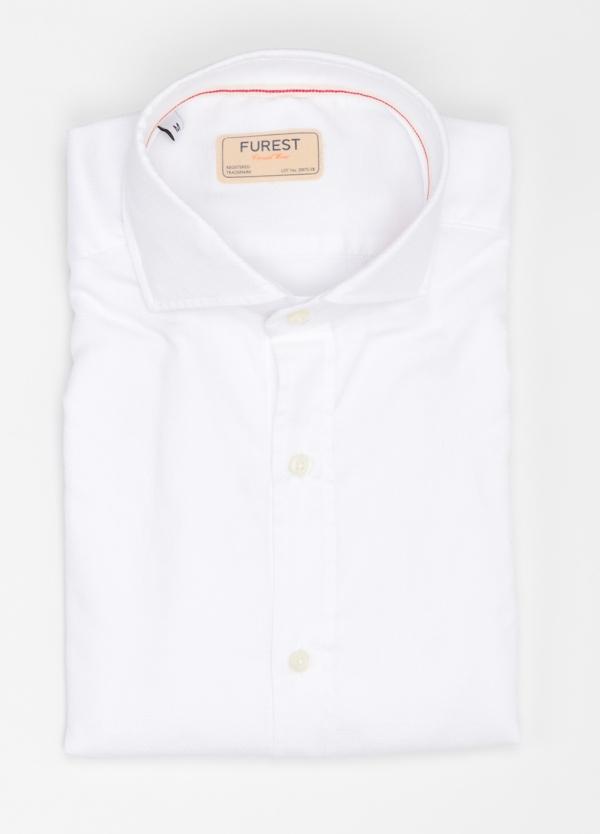 Camisa Casual Wear SLIM FIT Modelo CAPRI diseño liso micro grabado color blanco. 100% Algodón.