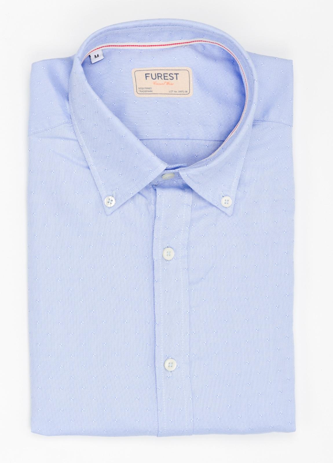 Camisa Casual Wear SLIM FIT Modelo BUTTON DOWN microdibujo color celeste, 100% Algodón.