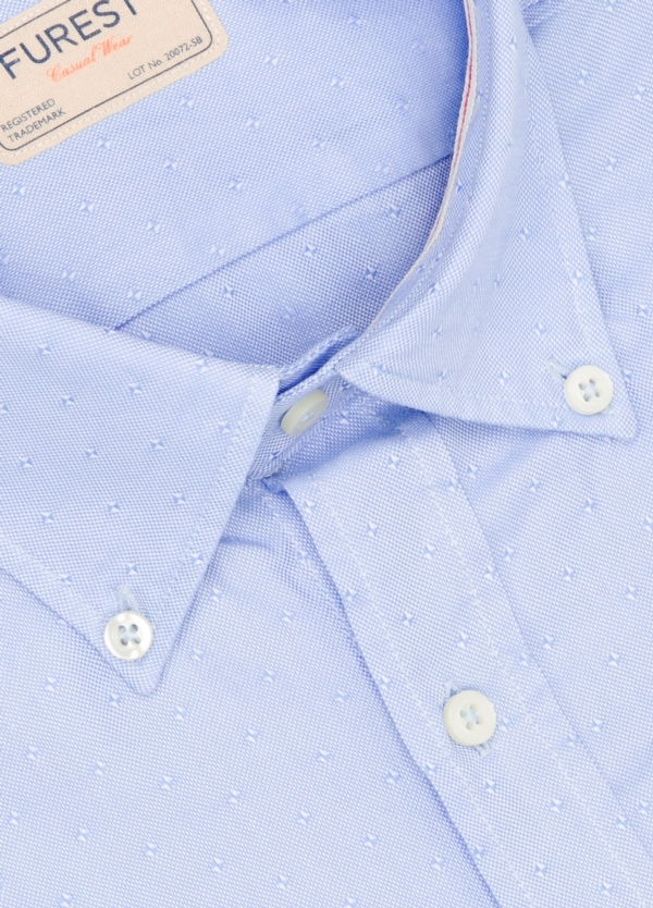 Camisa Casual Wear SLIM FIT Modelo BUTTON DOWN microdibujo color celeste, 100% Algodón. - Ítem1