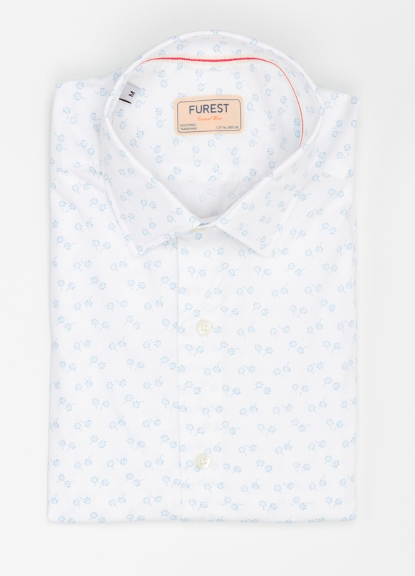 Camisa Casual Wear SLIM FIT Modelo PORTO estampado floral color blanco. 100% Algodón.