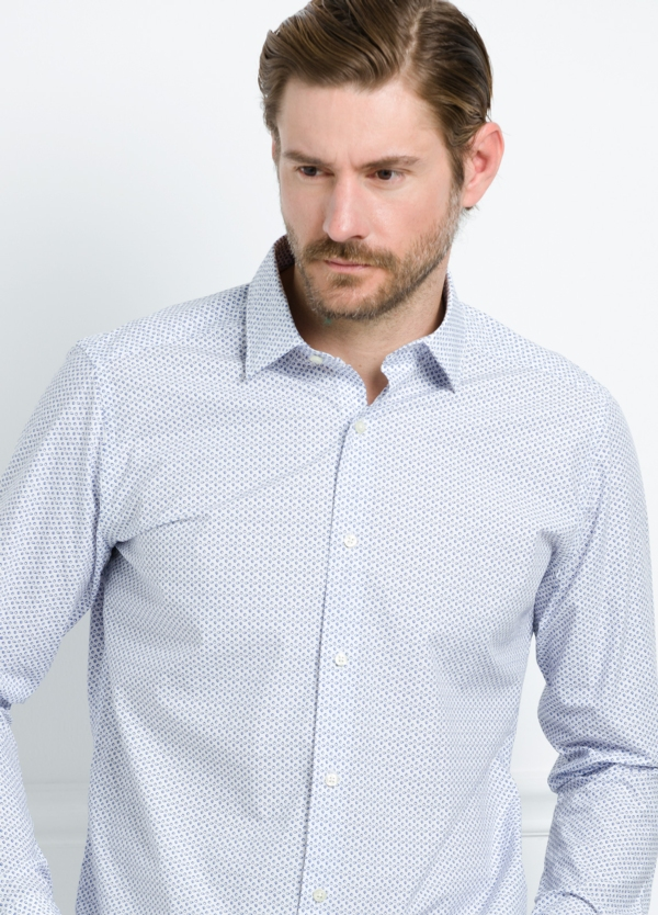 Camisa Casual Wear SLIM FIT Modelo PORTO estampado color azul. 100% Algodón.