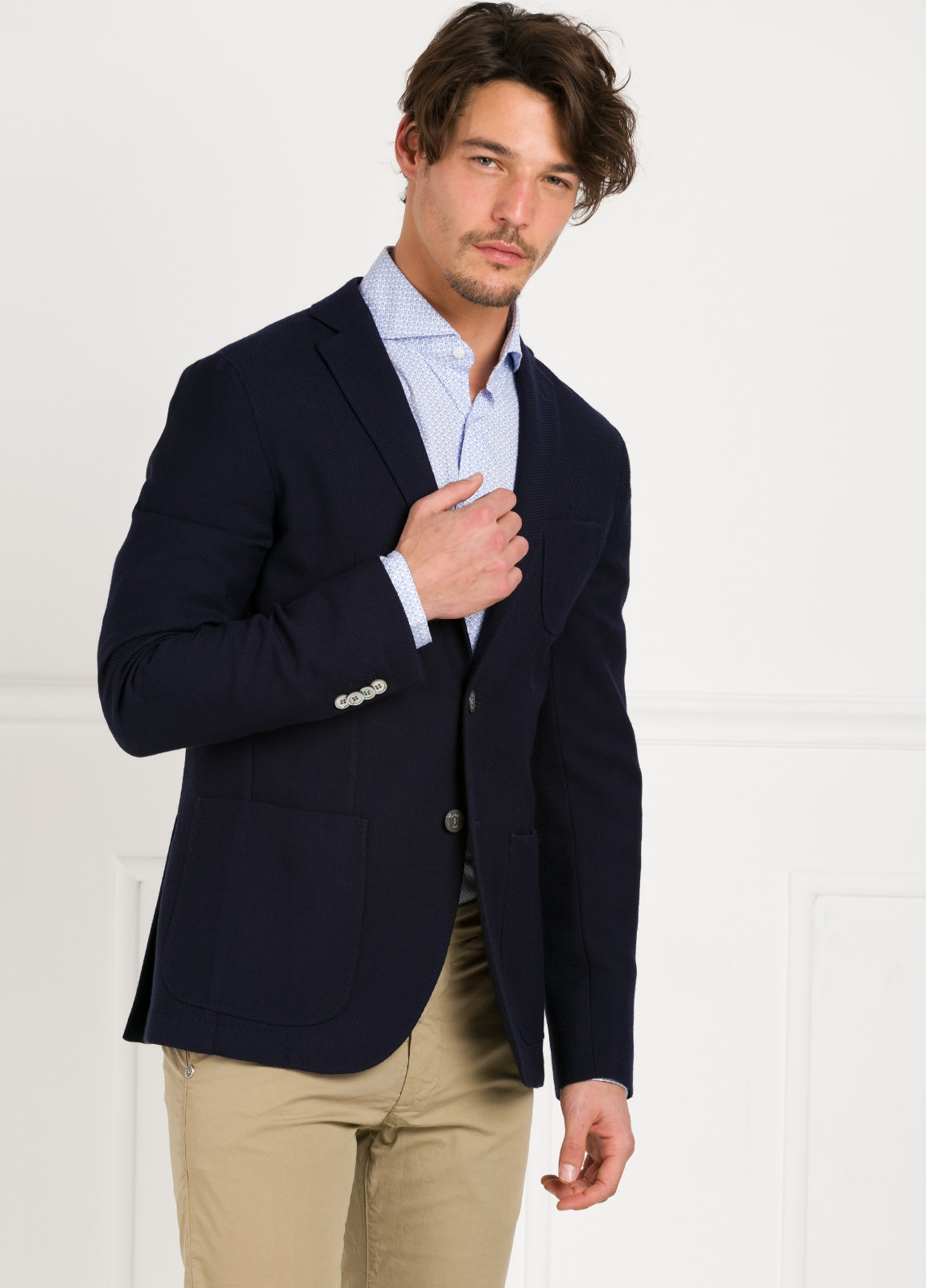 Americana SOFT JACKET Slim Fit textura color azul marino, 100% Lana fria. - Ítem3