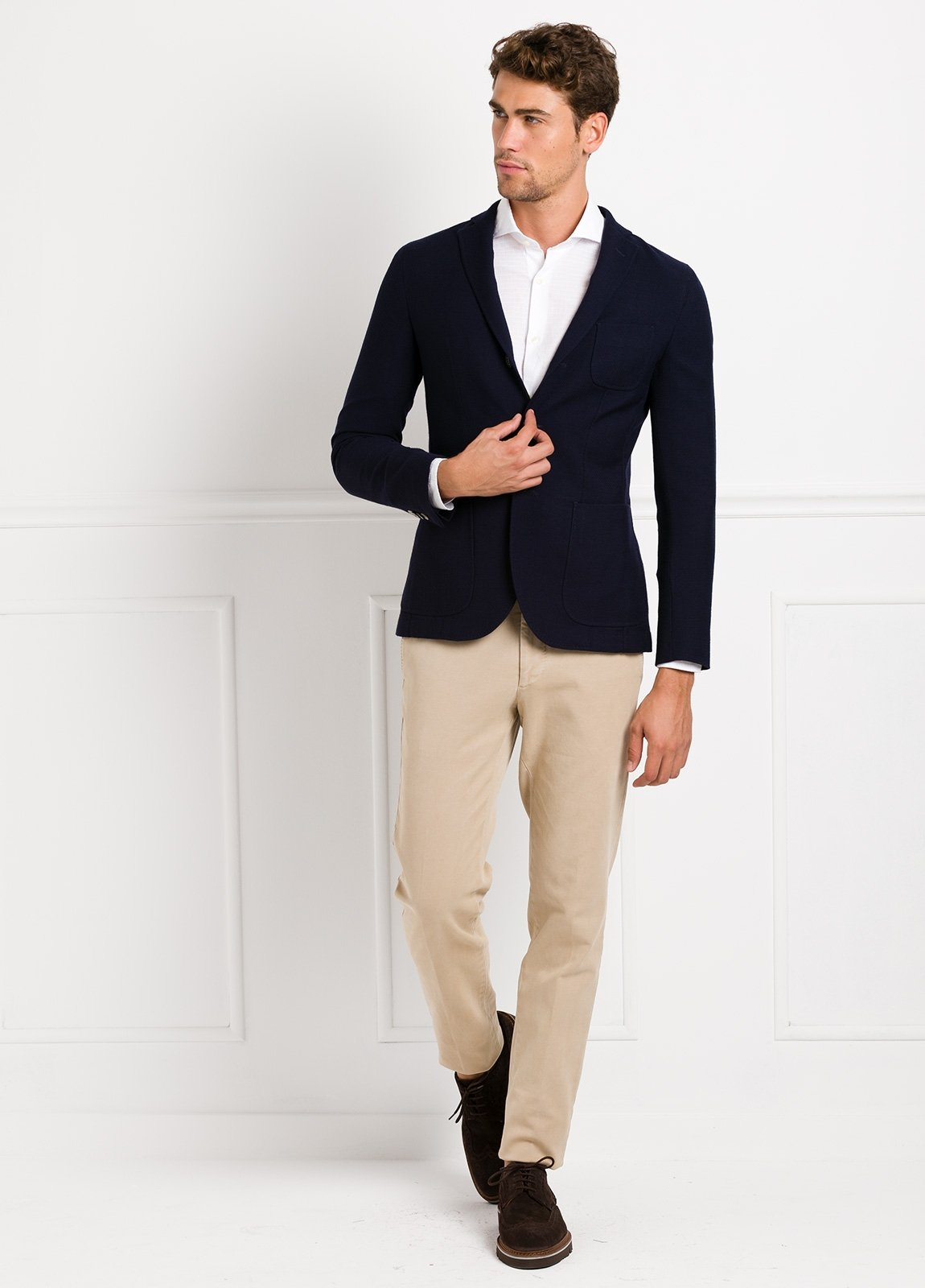 Americana SOFT JACKET Slim Fit textura color azul marino, 100% Lana fria.