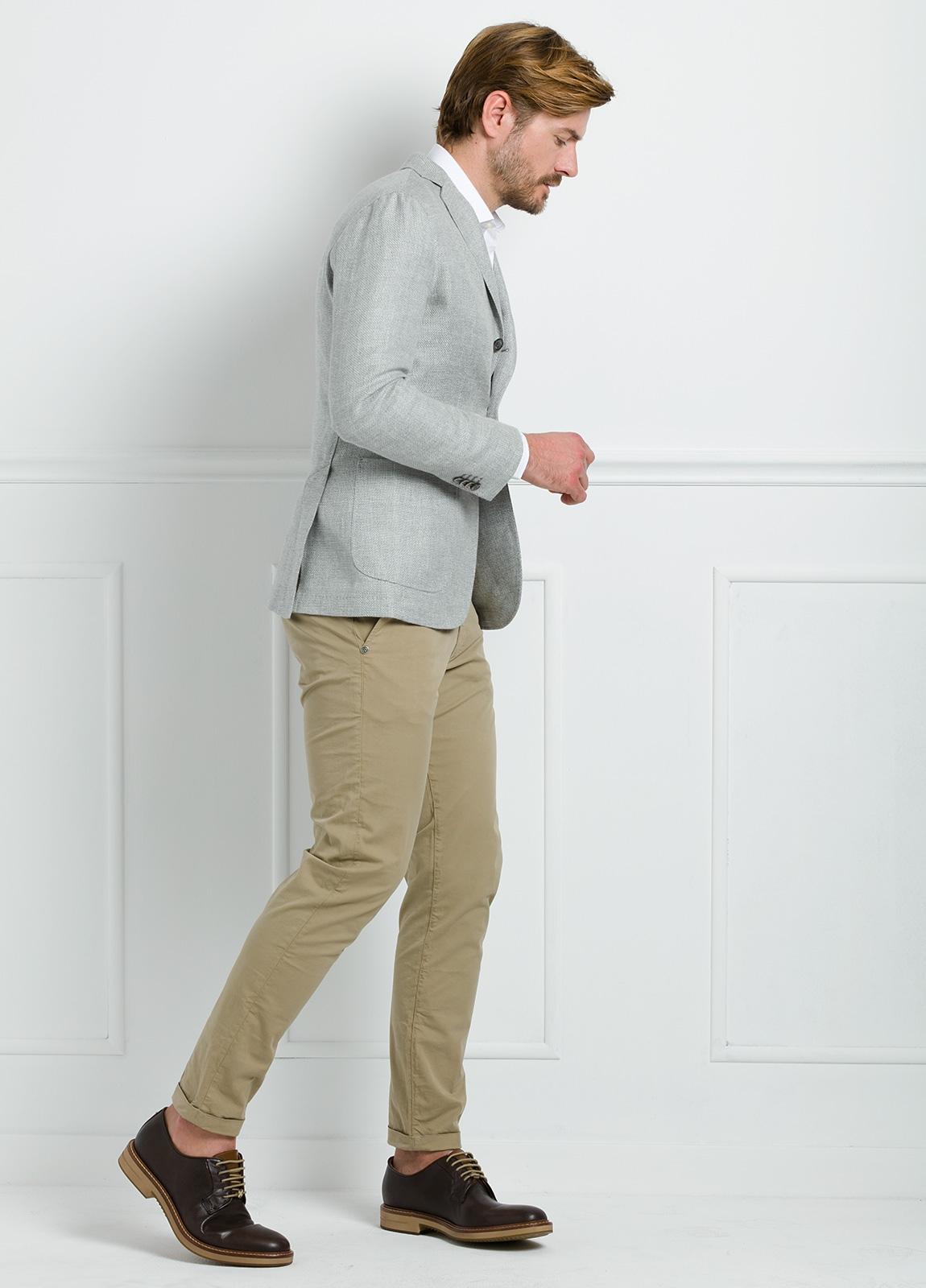 Americana SOFT JACKET Slim Fit textura color gris. 75% Cáñamo 25% lana. - Ítem1