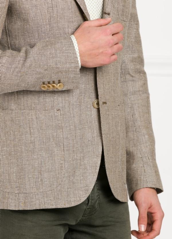 Americana SOFT JACKET Slim Fit diseño textura color beige. 60% Lino 18% Lana 12% Seda 10% Algodón. - Ítem2