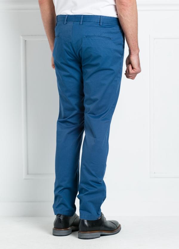 Pantalón chino REGULAR FIT modelo BRIAN color azul. 97% Algodón gabardina 3% Elastán. - Ítem2