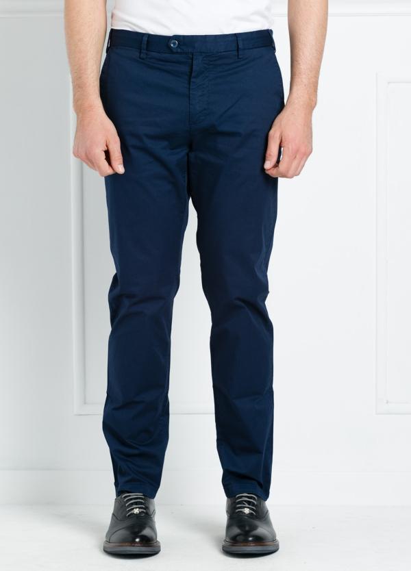 Pantalón chino REGULAR FIT modelo BRIAN color azul marino. 97% Algodón gabardina 3% Elastán.