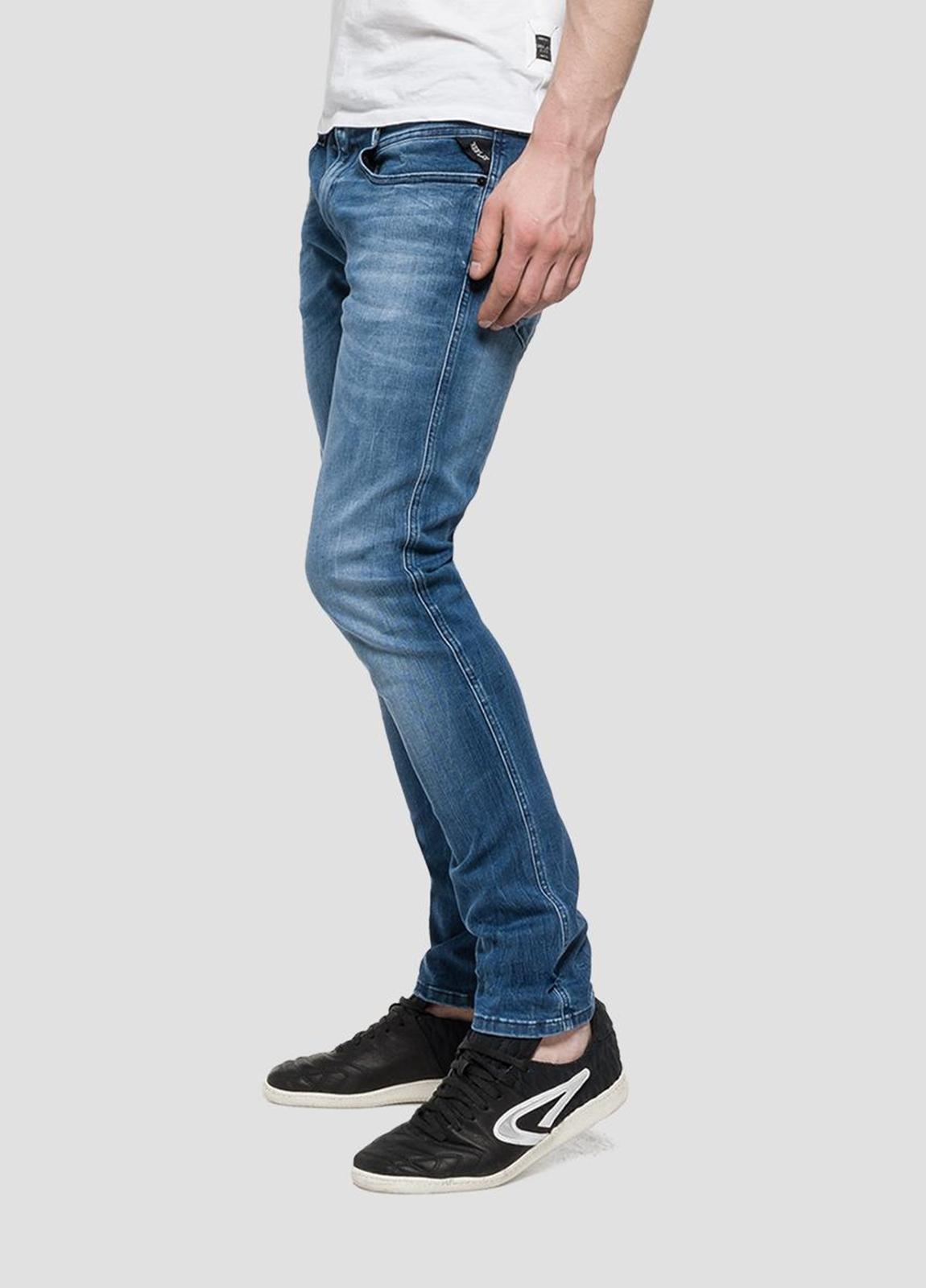 Pantalón tejano 11,5 oz SLIM 914 ANBASS color azul medio lavado. 85% Algodón 10% Poliéster 5% Elastáno. - Ítem1