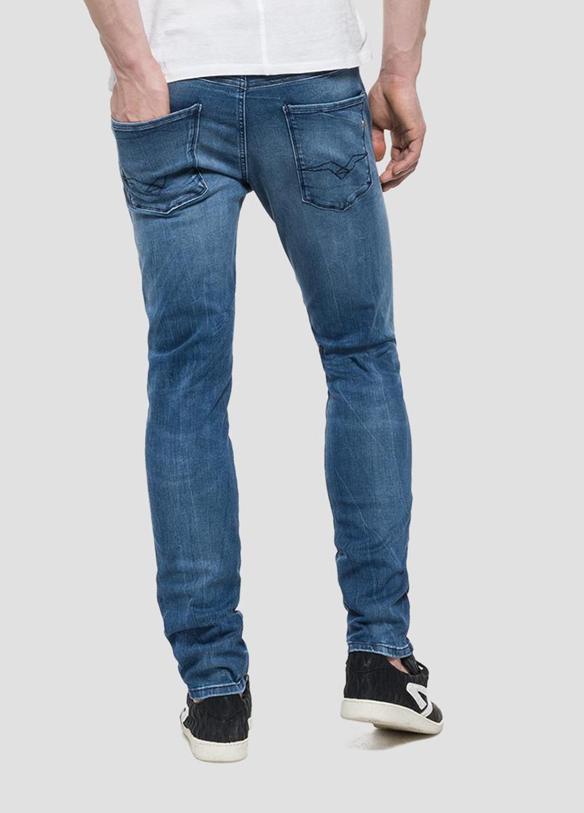 Pantalón tejano 11,5 oz SLIM 914 ANBASS color azul medio lavado. 85% Algodón 10% Poliéster 5% Elastáno. - Ítem2