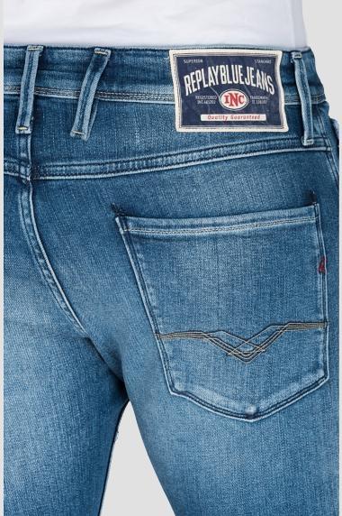 Pantalón tejano 12,5 oz SLIM 914J ANBASS color azul claro lavado. 78% Algodón 18% Modal 3% Elastomultiéster 1% Elastano. - Ítem1