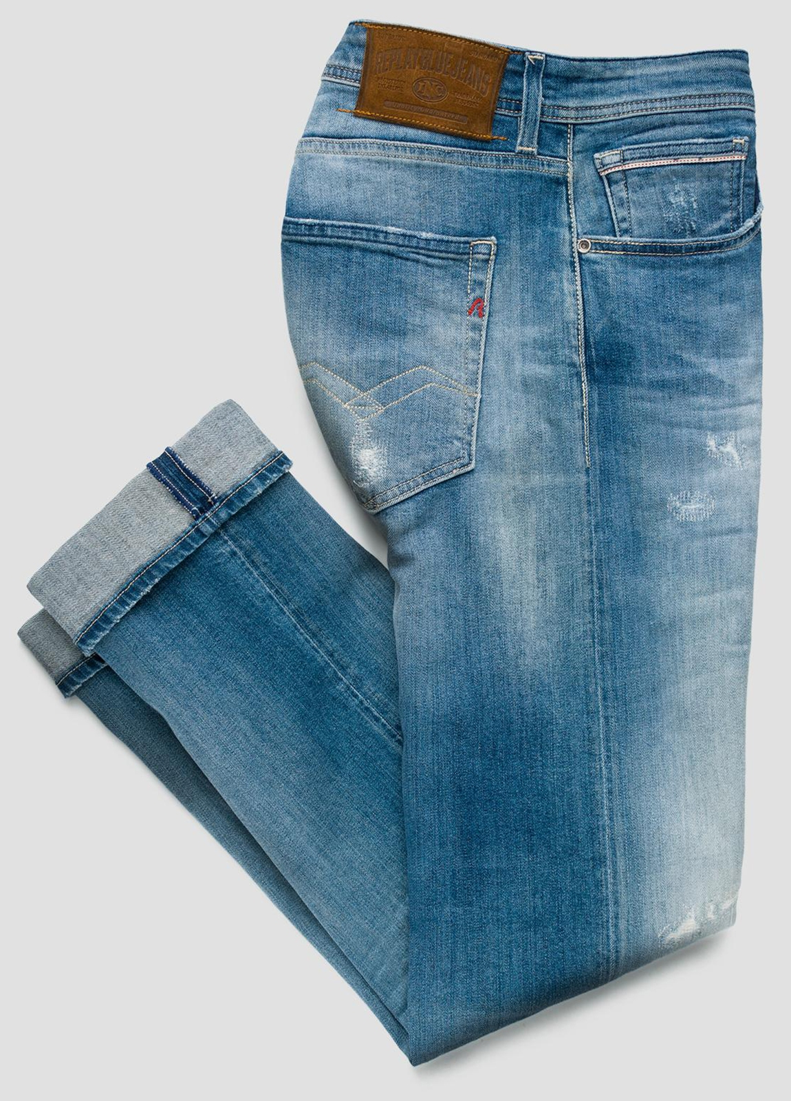 Pantalón tejano 10,5 oz REGULAR 972 GROVER color azul medio lavado. 98% Algodón 2% Elastano.