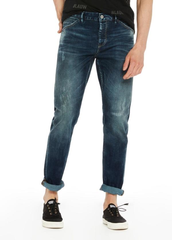 Pantalón tejano slim fit elástico modelo phaidon color azul índigo. 98% Algodón 2% Elastáno.