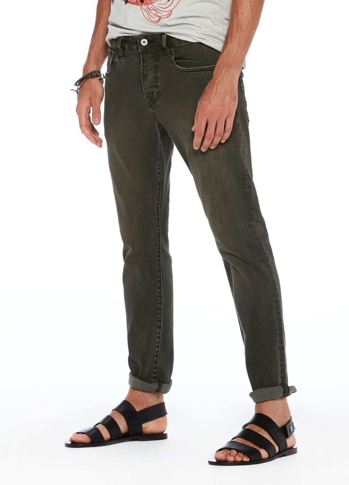 Pantalón 5 bolsillos regular slim fit modelo RALSTON denim elástico teñido en prenda color verde oscuro. 78% Algodón 21% Poliéster 1% Elastano. - Ítem2