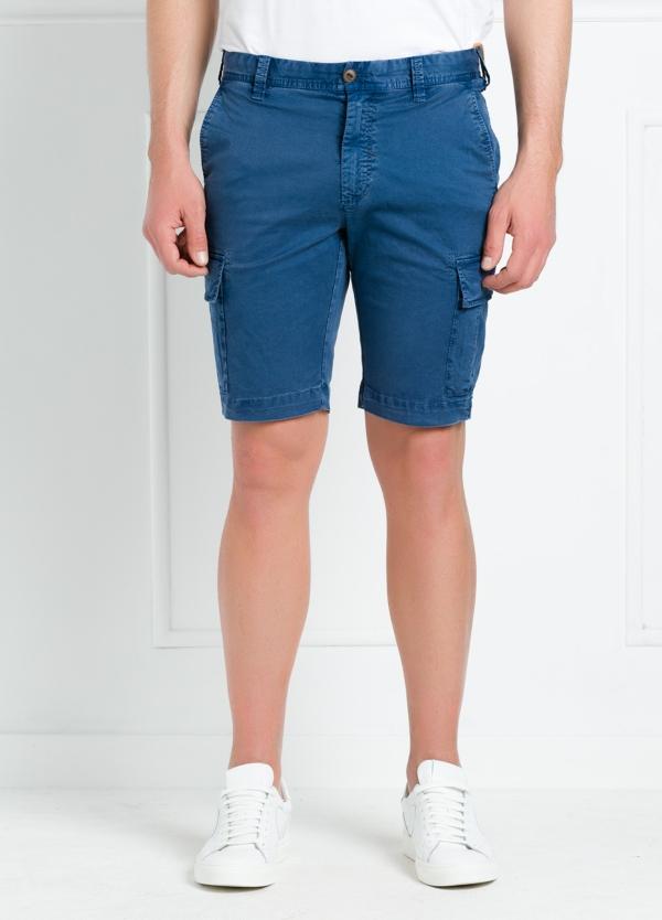 Bermuda modelo BILL 334 slim fit con bolsillos laterales. Color azul. - Ítem2