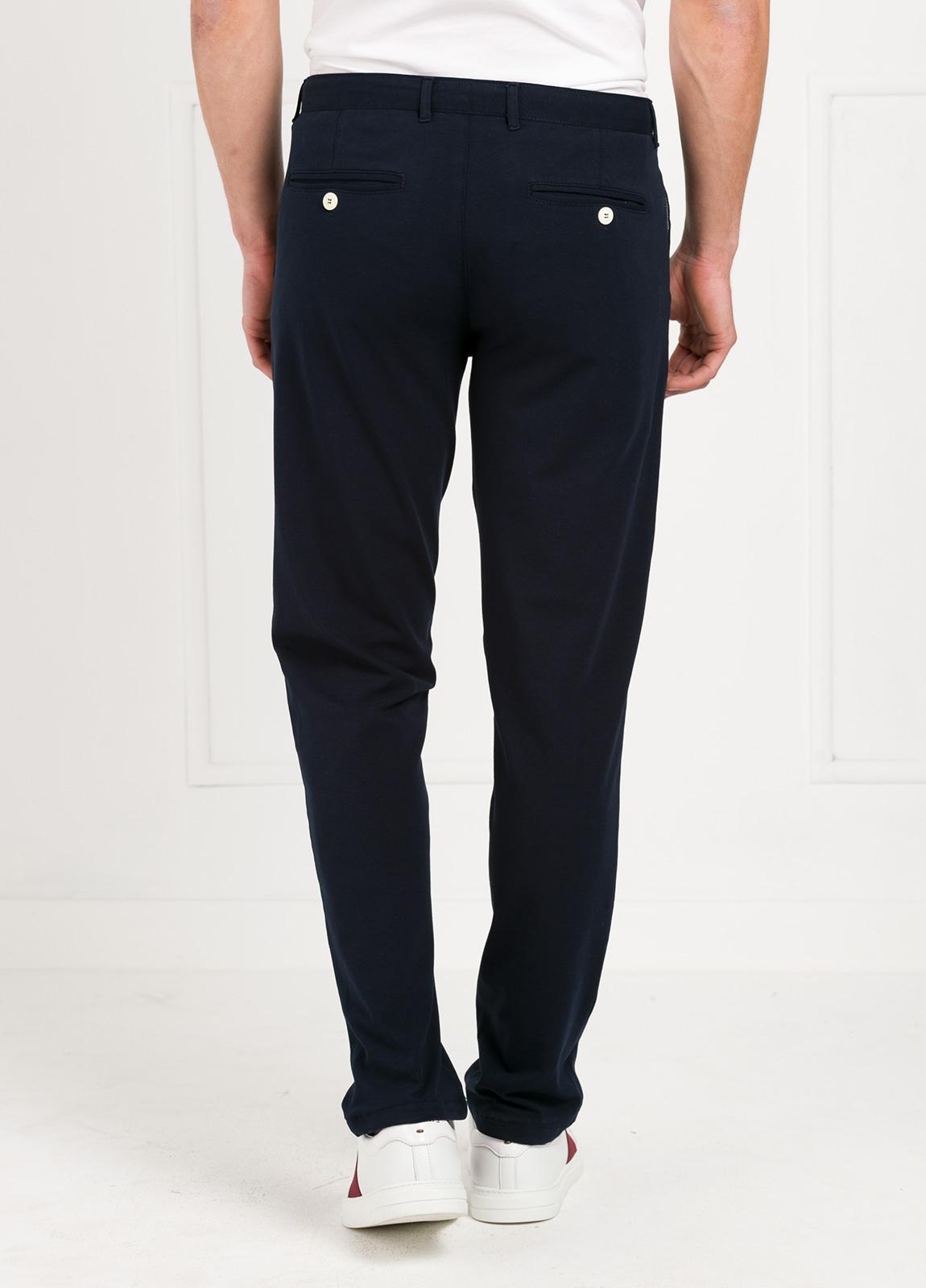 Pantalón de punto color azul marino. 96% Algodón 4% Elastano. - Ítem2