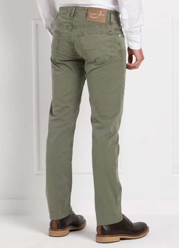 Pantalón cinco bolsillos modelo PW688 color kaki. Algodón gabardina vintage. - Ítem3