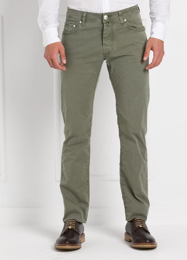 Pantalón cinco bolsillos modelo PW688 color kaki. Algodón gabardina vintage.