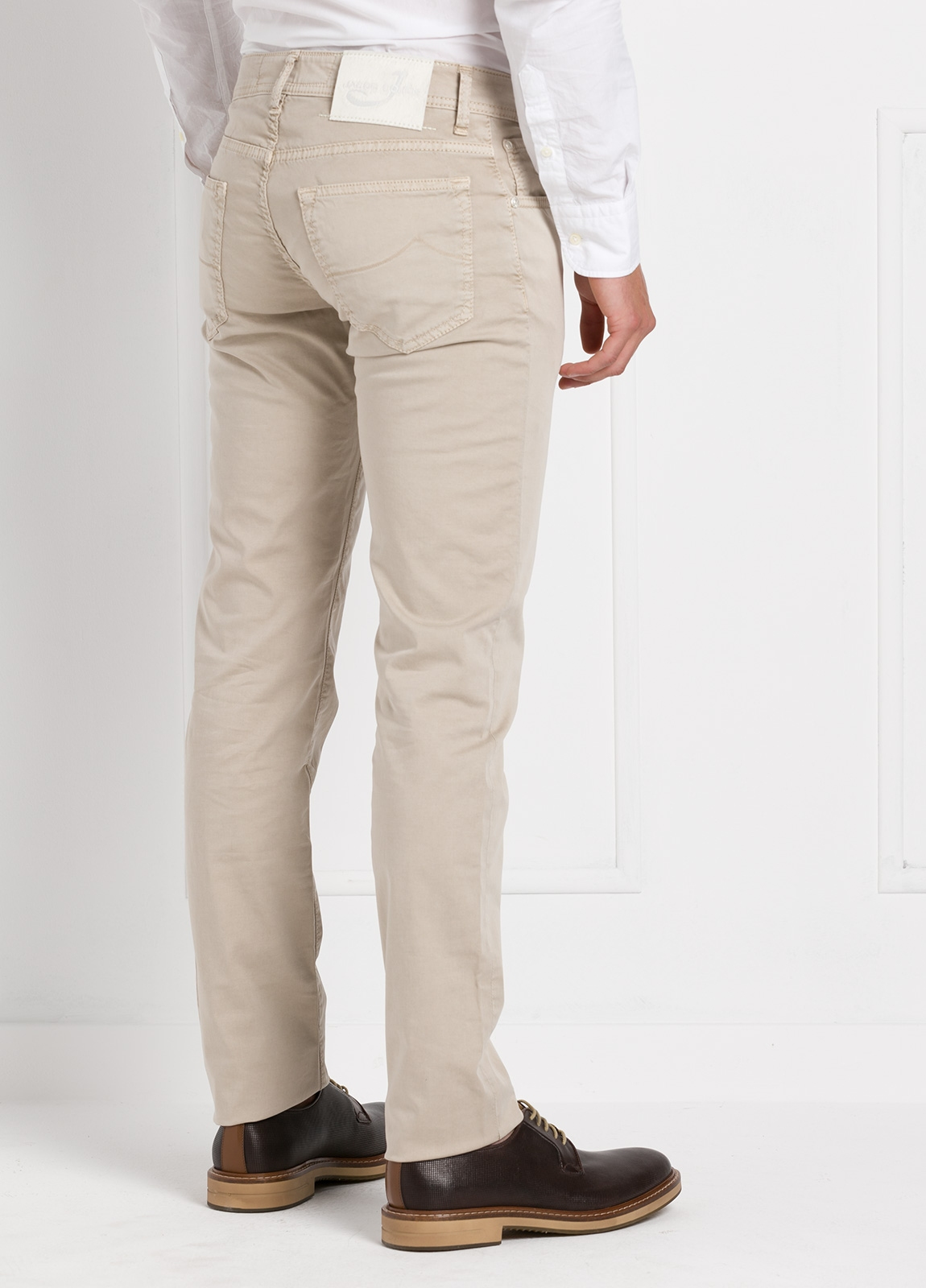 Pantalón cinco bolsillos modelo PW622 color beige. Algodón gabardina vintage. Algodón satén vintage. - Ítem2