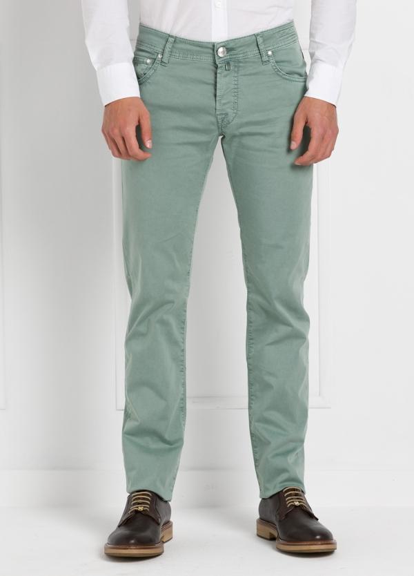Pantalón cinco bolsillos modelo PW622 color verde. Algodón gabardina vintage. Algodón satén vintage.