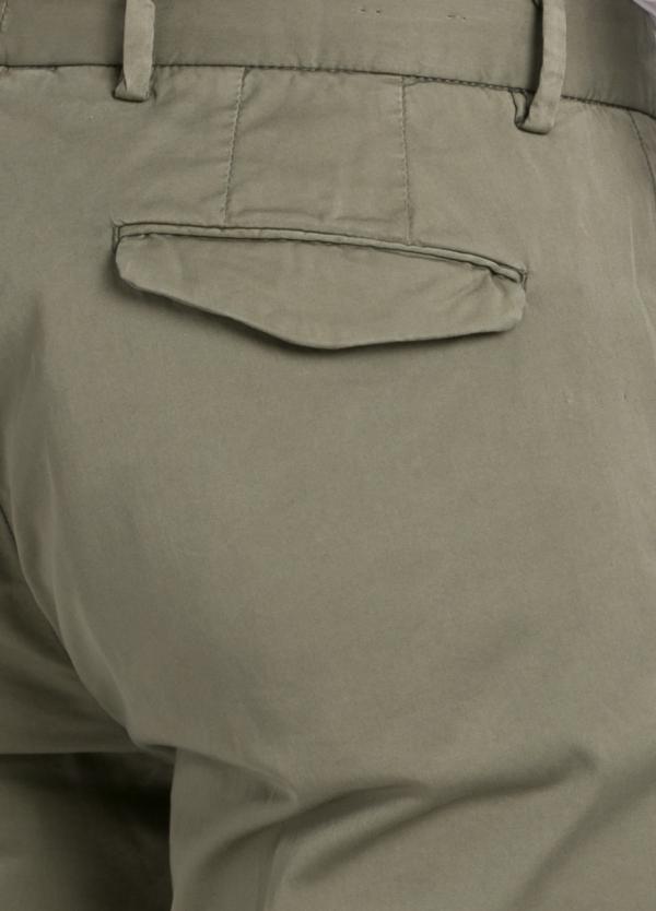 Pantalón modelo slim fit 1 pinza color kaki. 97% Algodón 3% Ea. - Ítem2