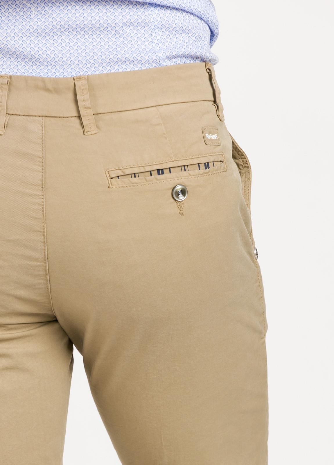 Pantalón sport modelo MUCHA P249 color beige. Algodón y elastáno. - Ítem2
