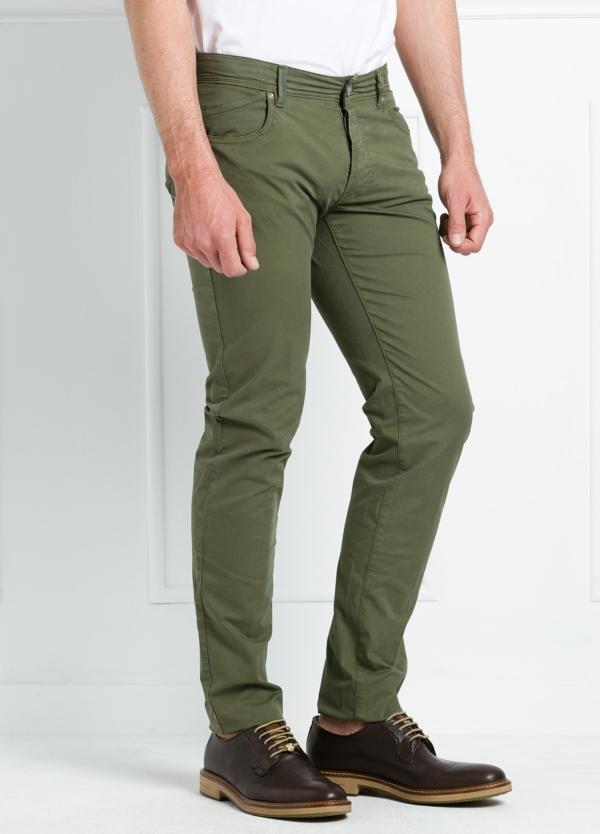 Pantalón sport regular fit modelo POLLOCK P 053 color kaki. 96% Algodón gabardina 4% Lycra.