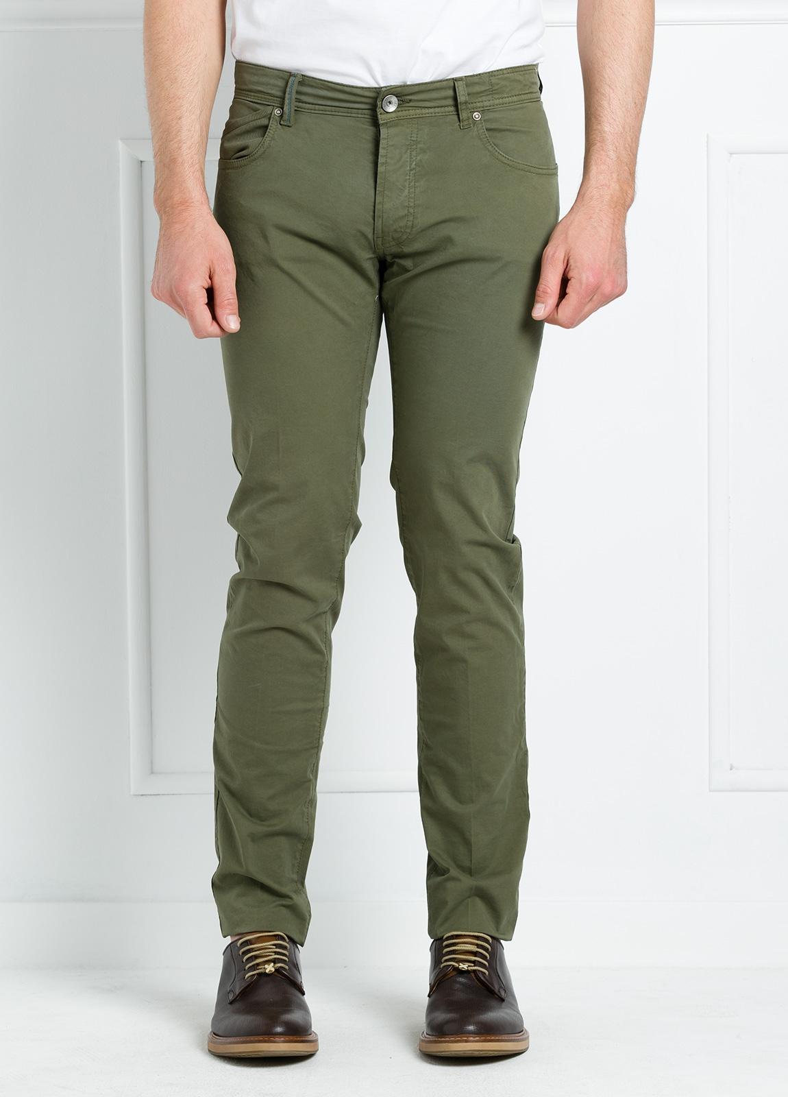 Pantalón sport regular fit modelo POLLOCK P 053 color kaki. 96% Algodón gabardina 4% Lycra. - Ítem1