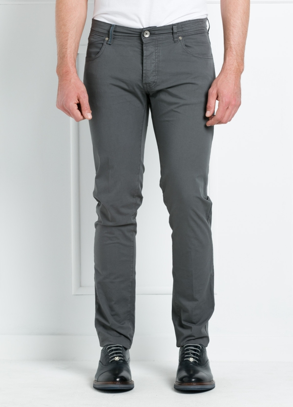 Pantalón sport regular fit modelo POLLOCK P 053 color gris. 96% Algodón gabardina 4% Lycra.